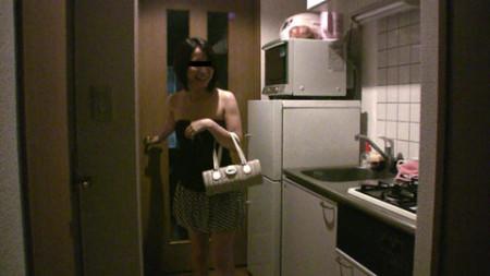 kame自宅にある冷蔵庫と電子レンジの画像