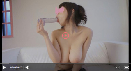 小出遥の無修正ディルドオナニー動画のサンプル再生画像