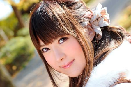 仁科百華(悠木イヴ)の顔ドアップ画像