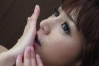 麻生希が薬物逮捕 無修正動画で見せたサインはコレ!